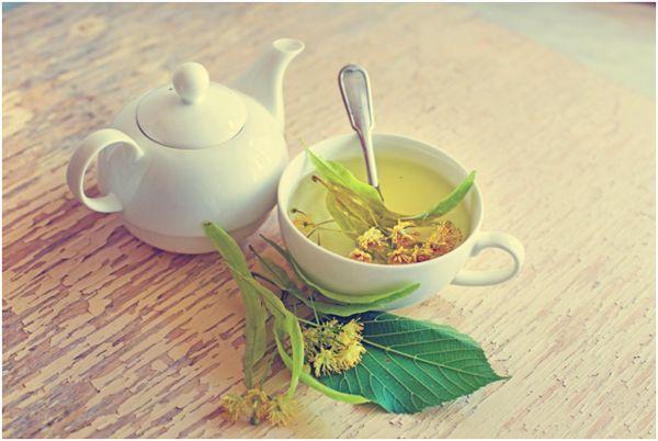 чай с липовыми цветками