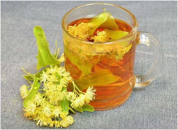кружка с липовым чаем