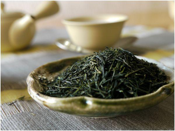 сенча чай в тарелке