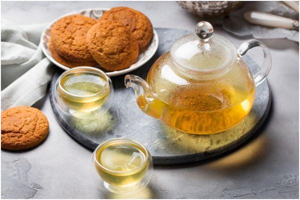 гречишный чай и овсяное печенье