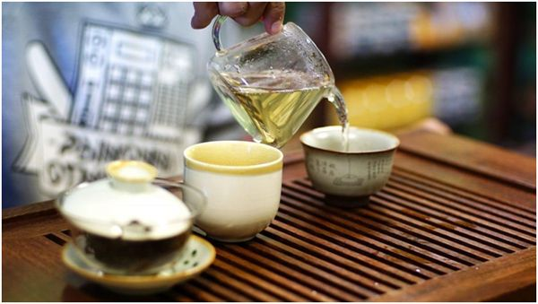 хоста чай