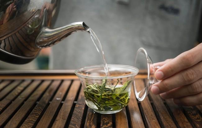 завариваем чай лунцзин