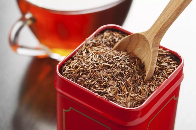 красная коробка с чаем