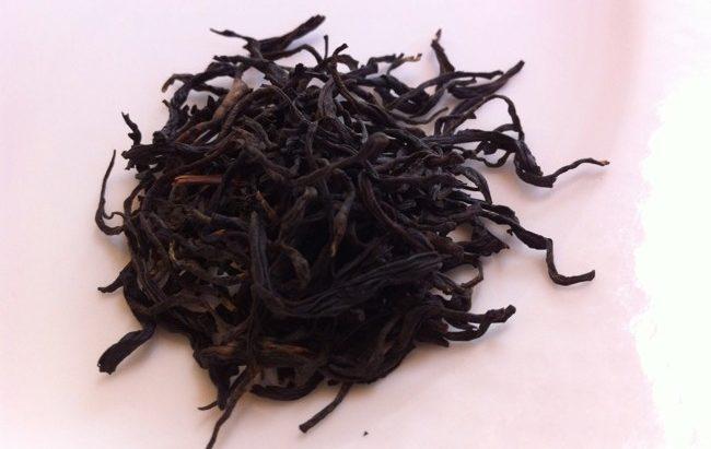 листья чая черный дракон