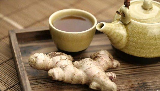 чашка чая и имбирь