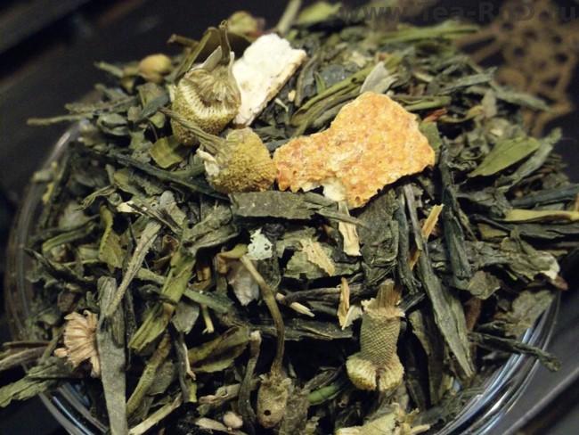 листья чая японская липа