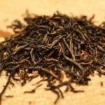 сухие листья черного чая