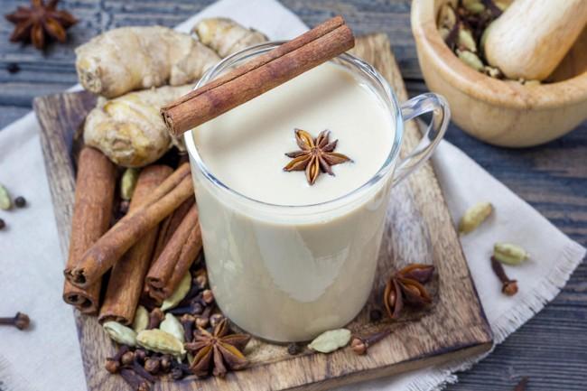 чай с корицей имбирем и кардамоном