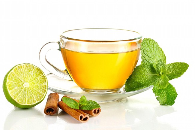 зеленый чай с лимоном и корицей
